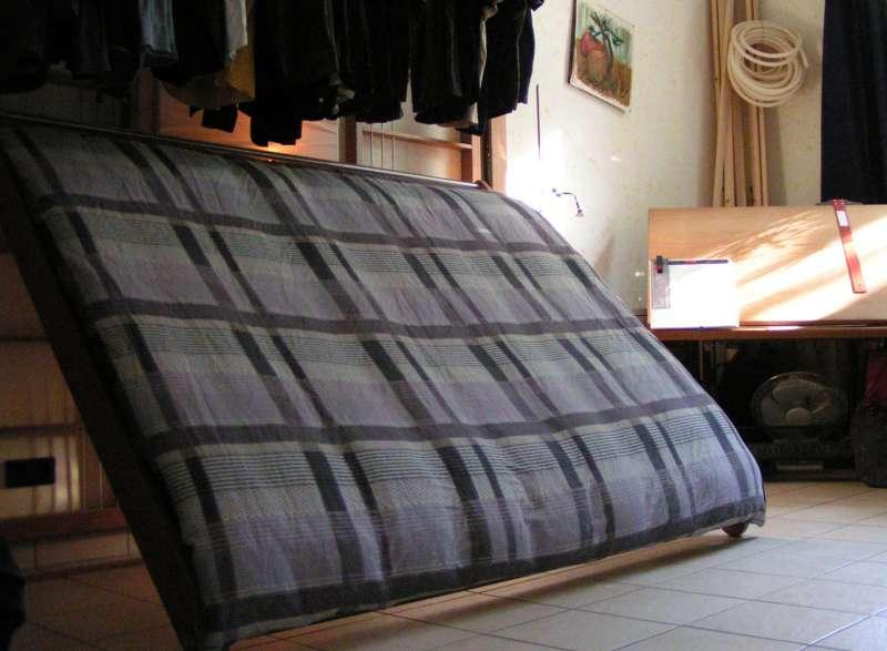 Rajzolj-összecsukható ágy. És egyéb saját készítésű bútorok ...