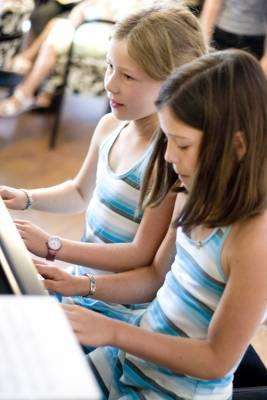 A közös koncert. Piano hallgatója Yuko, Mila és Judit, Figaro Mainz július 5, 2009.