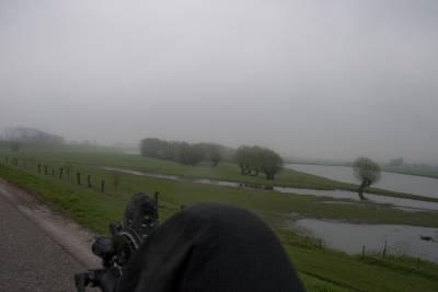 Benelux biciklitúra. A hideg, a szél és az eső ellenére. Húsvét 2010